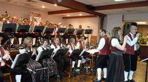 """Iesellander Muzikanten houden """"Wunschconcert""""voor donateurs."""